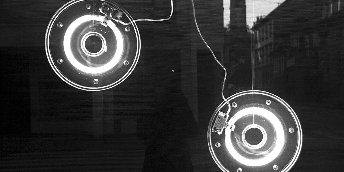 Schwarz Weiß Foto, SW-Foto, Fotoworkshop, Lichter, Lampen, Auslage