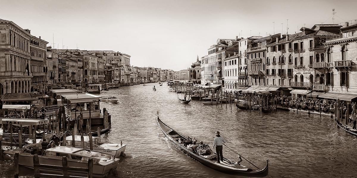 Schwarz Weiß Foto, SW-Foto, Fotoworkshop,Venedig, Kanal