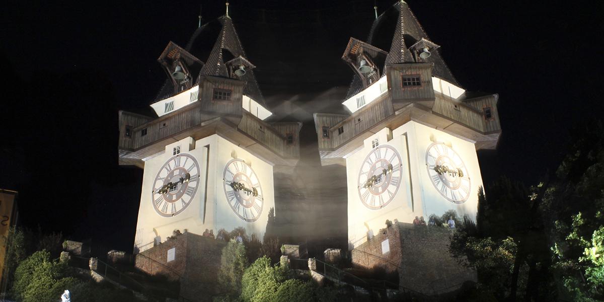 Graz, Nachtaufnahme, Doppelbelichtung, grazer Uhrturm